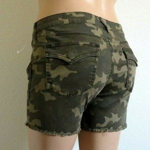 KUT from the KLOTH Jeans Camo Fray Shorts Size 18W